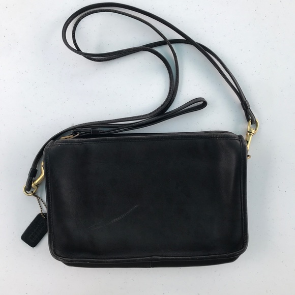 Coach Handbags - Vintage coach purse
